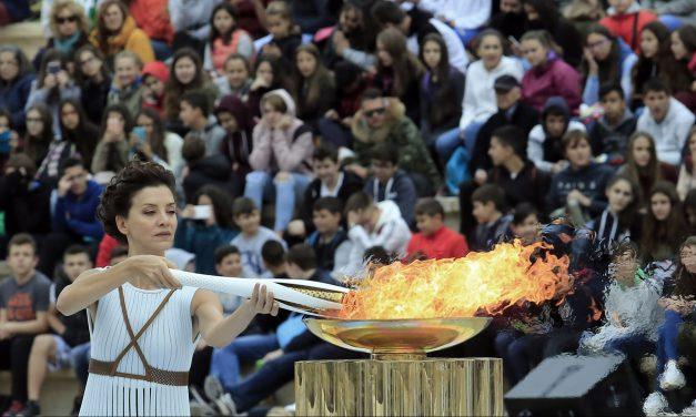 La flamme a quitté la Grèce pour la Corée du Sud