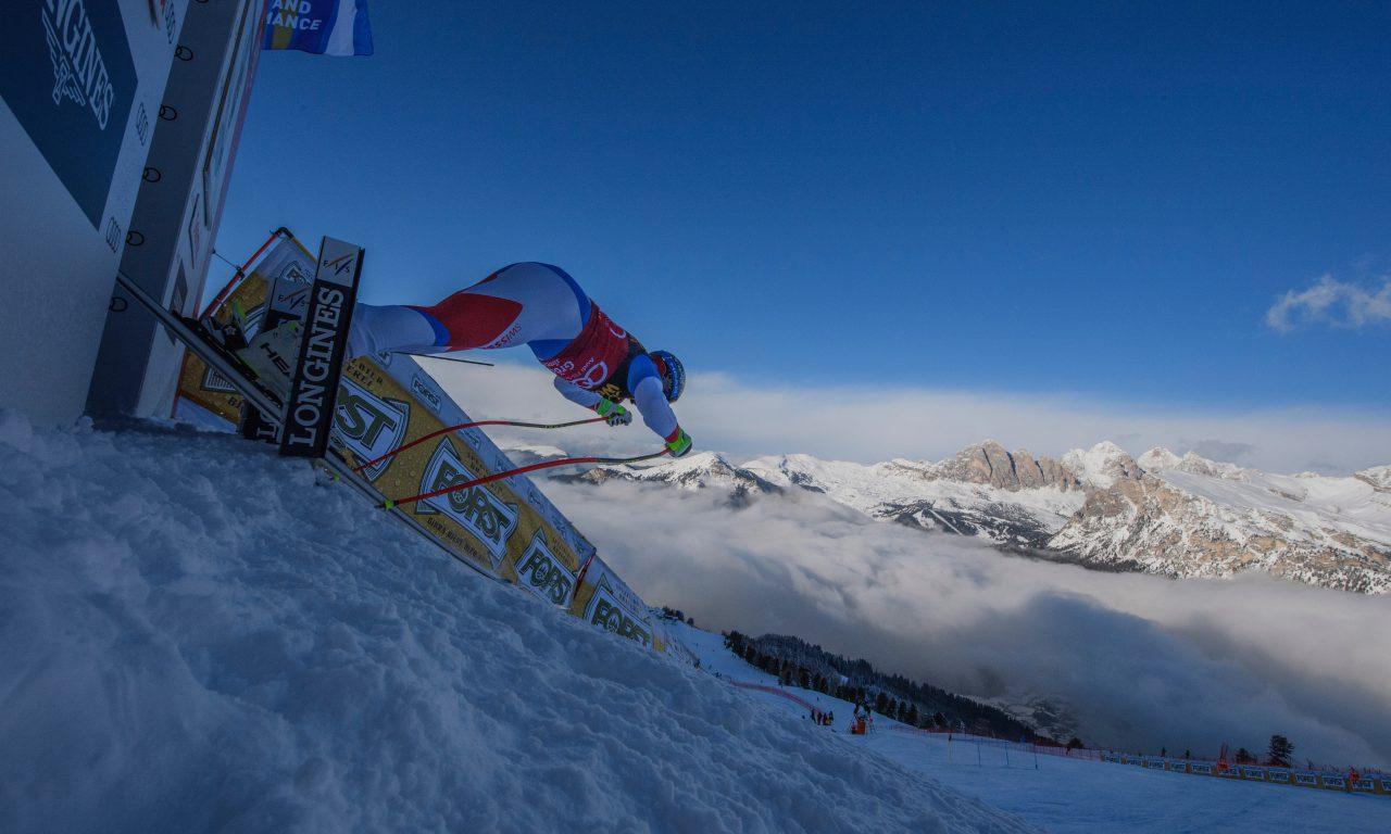 Dans le brouillard, les Suisses restent loin