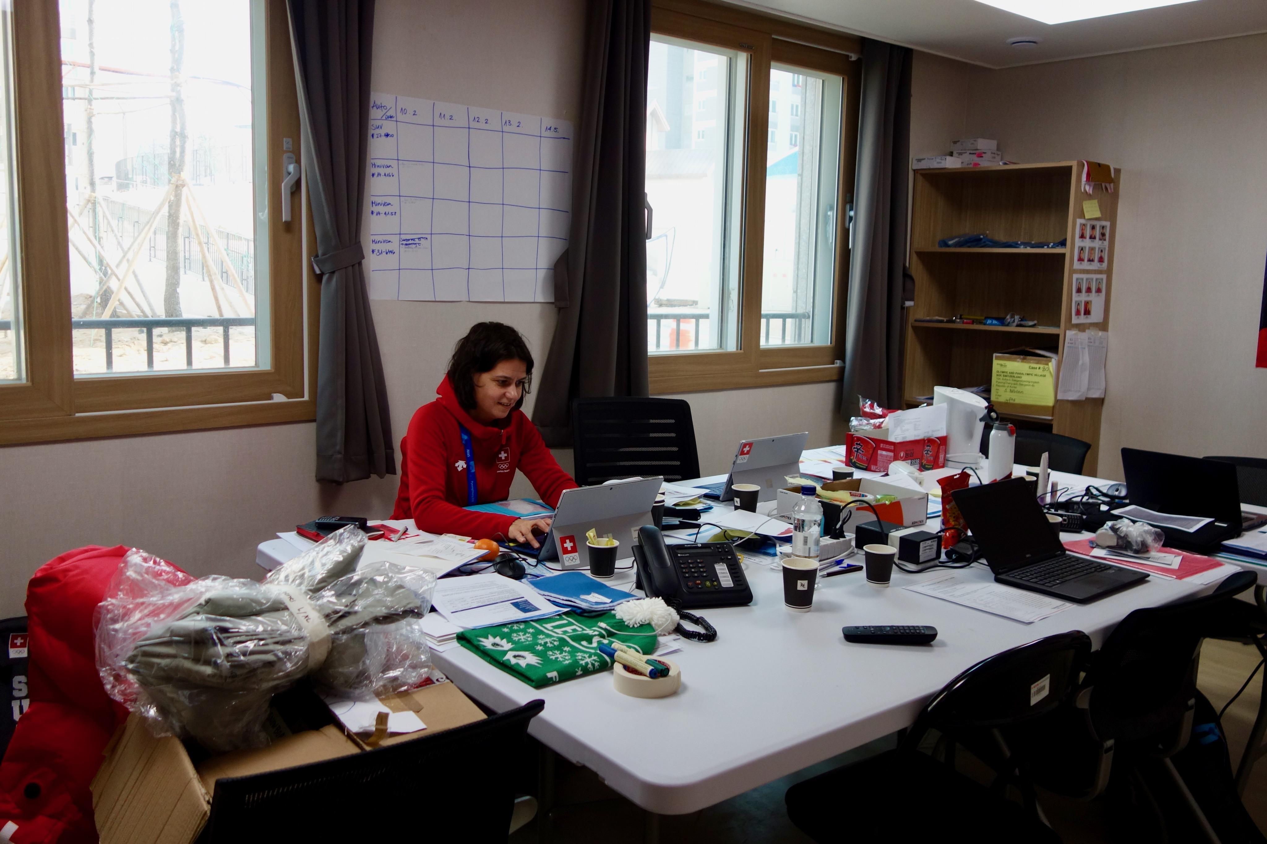 Un petit bureau a été installé au rez de l'immeuble des Suisses.