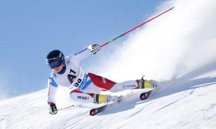 Marco Odermatt titré en descente à Davos