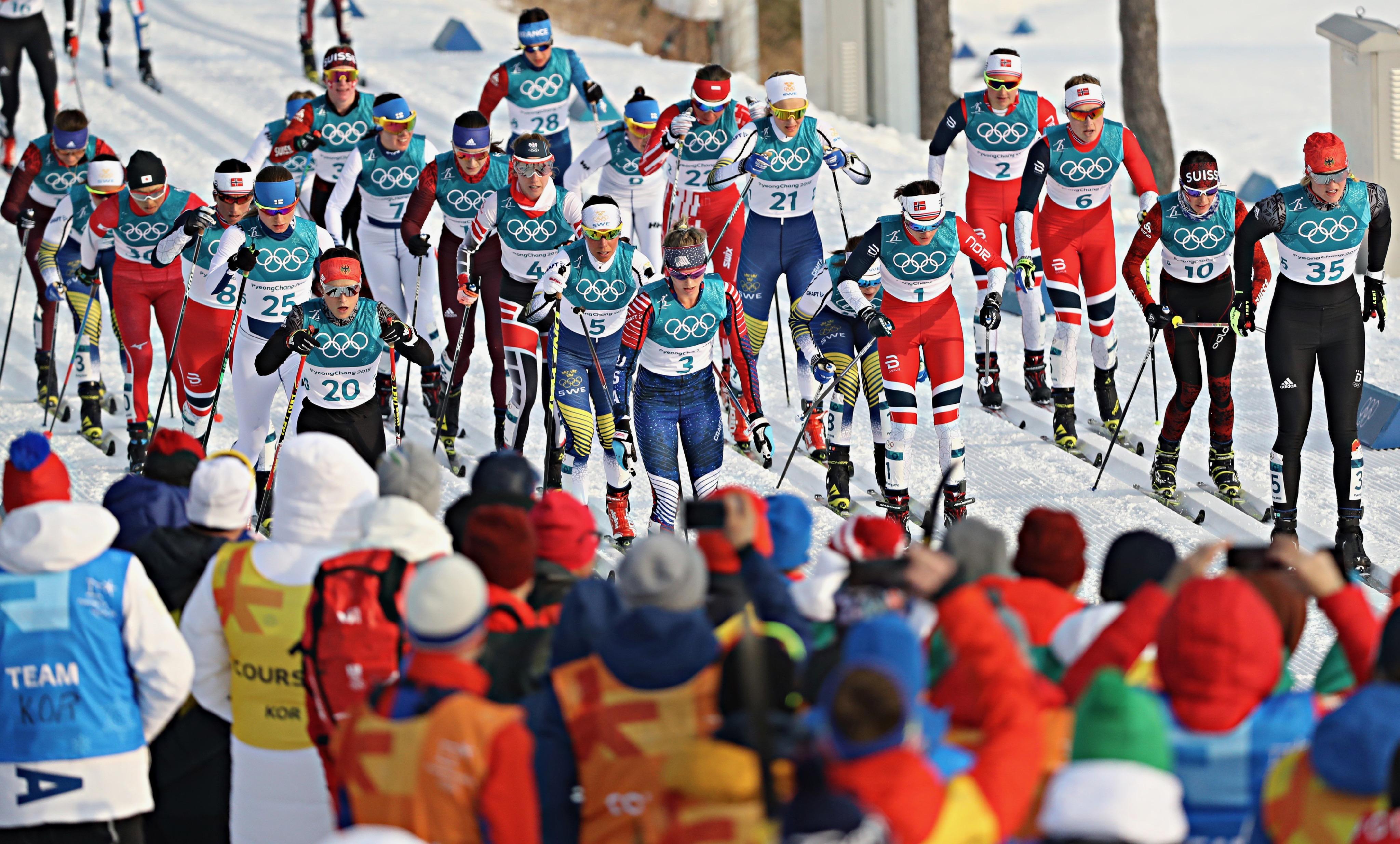 Le skiathlon féminin.