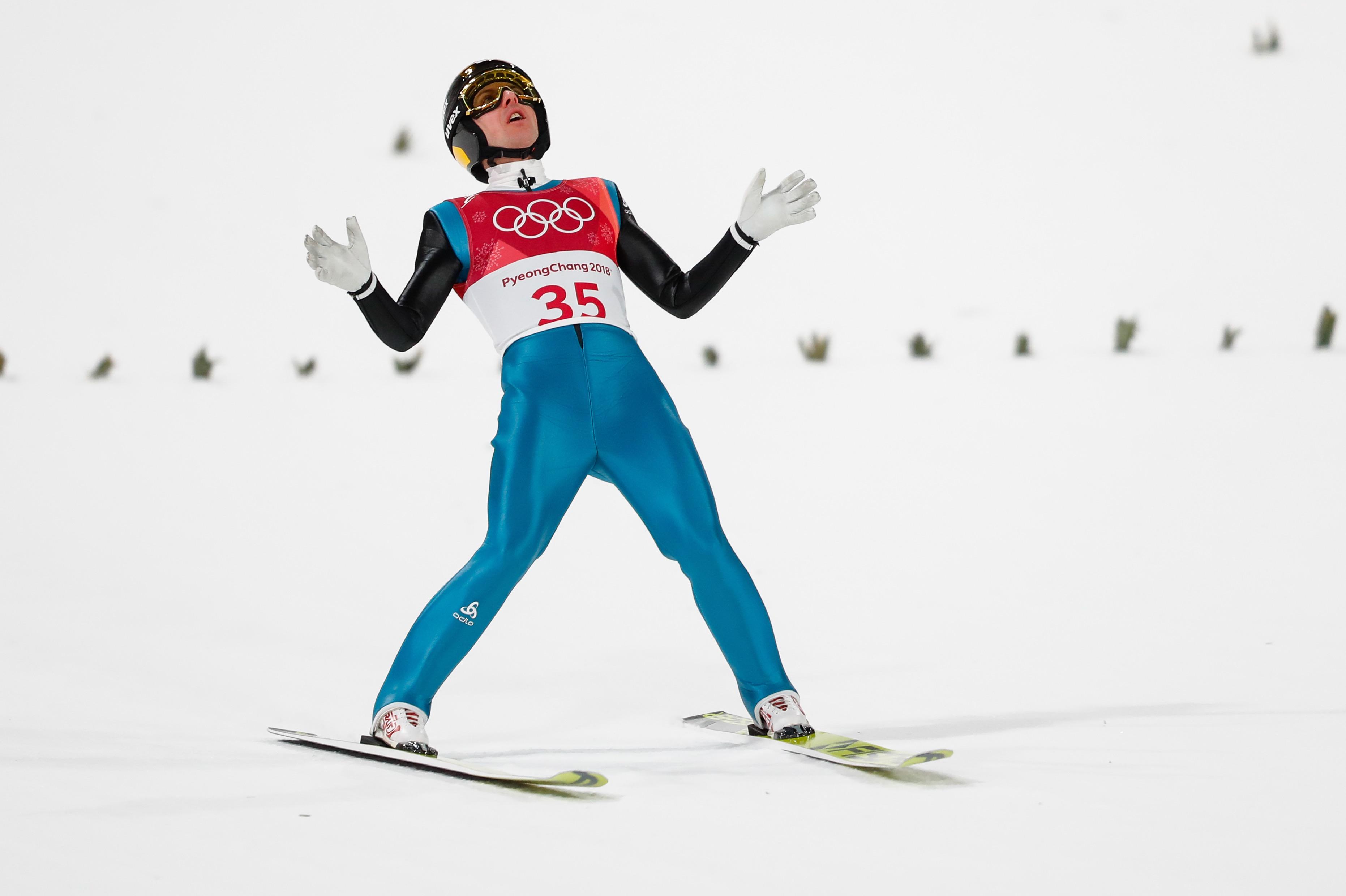 Simon Ammann n'a pas réussi le saut parfait dans des conditions difficiles.