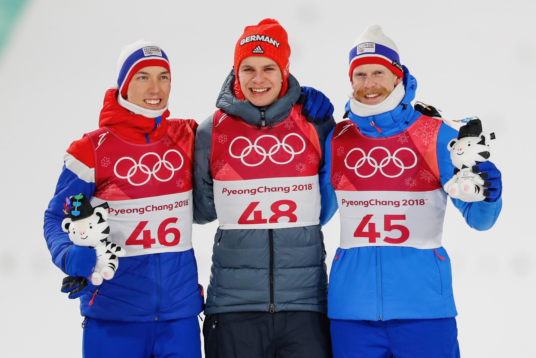 Johann Andre Forfang, Andreas Wellinger et Robert Johansson, trio gagnant sur le petit tremplin.
