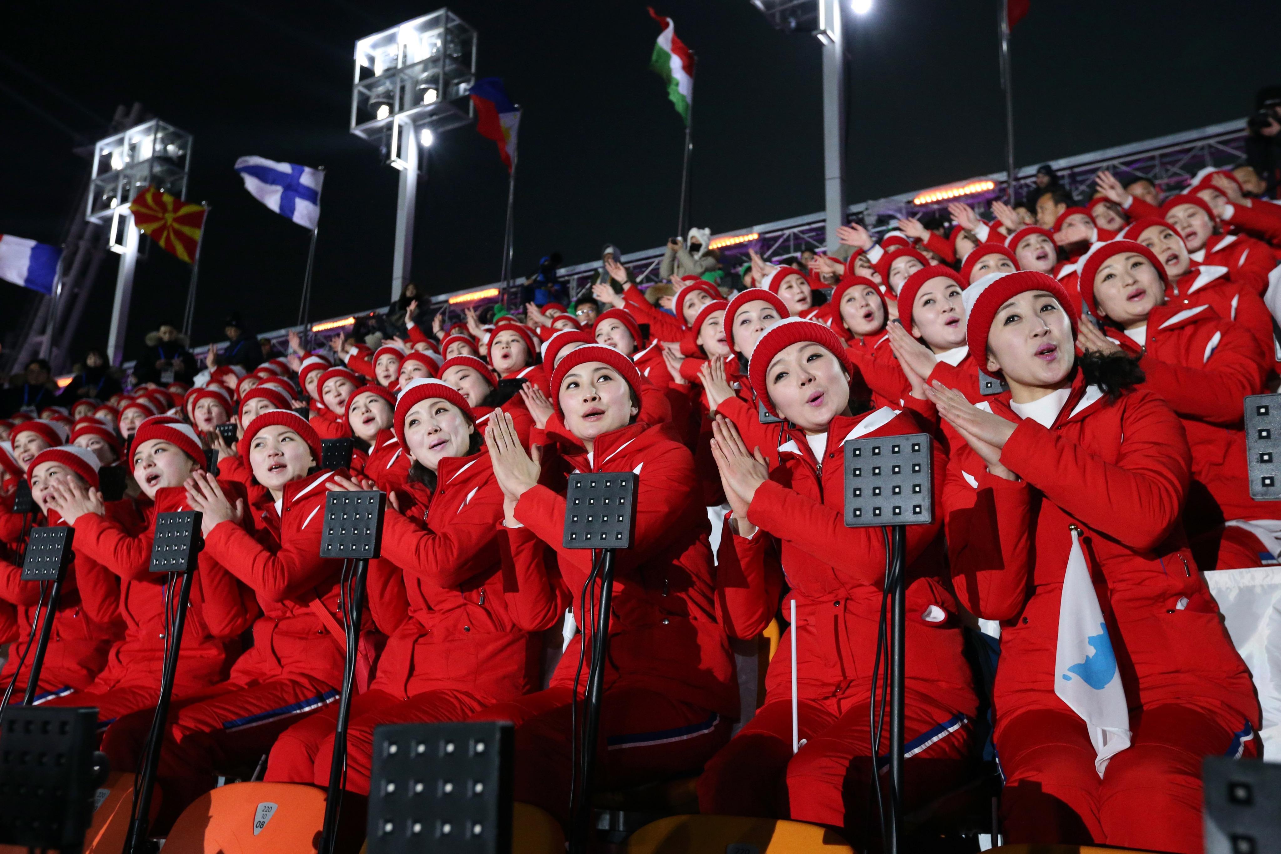 Les pom-pom girls nord-coréennes lors de la cérémonie d'ouverture.