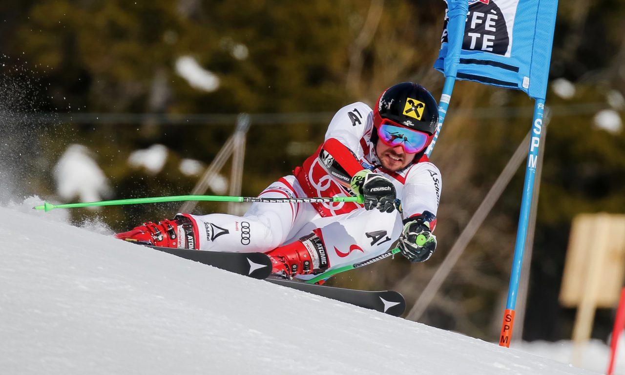 Un Hirscher record, Meillard au pied du podium