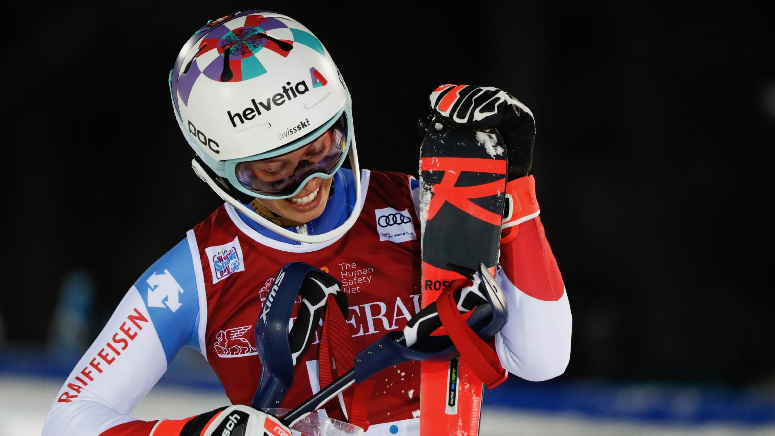 Michelle Gisin sur le podium à Levi | SkiActu.ch