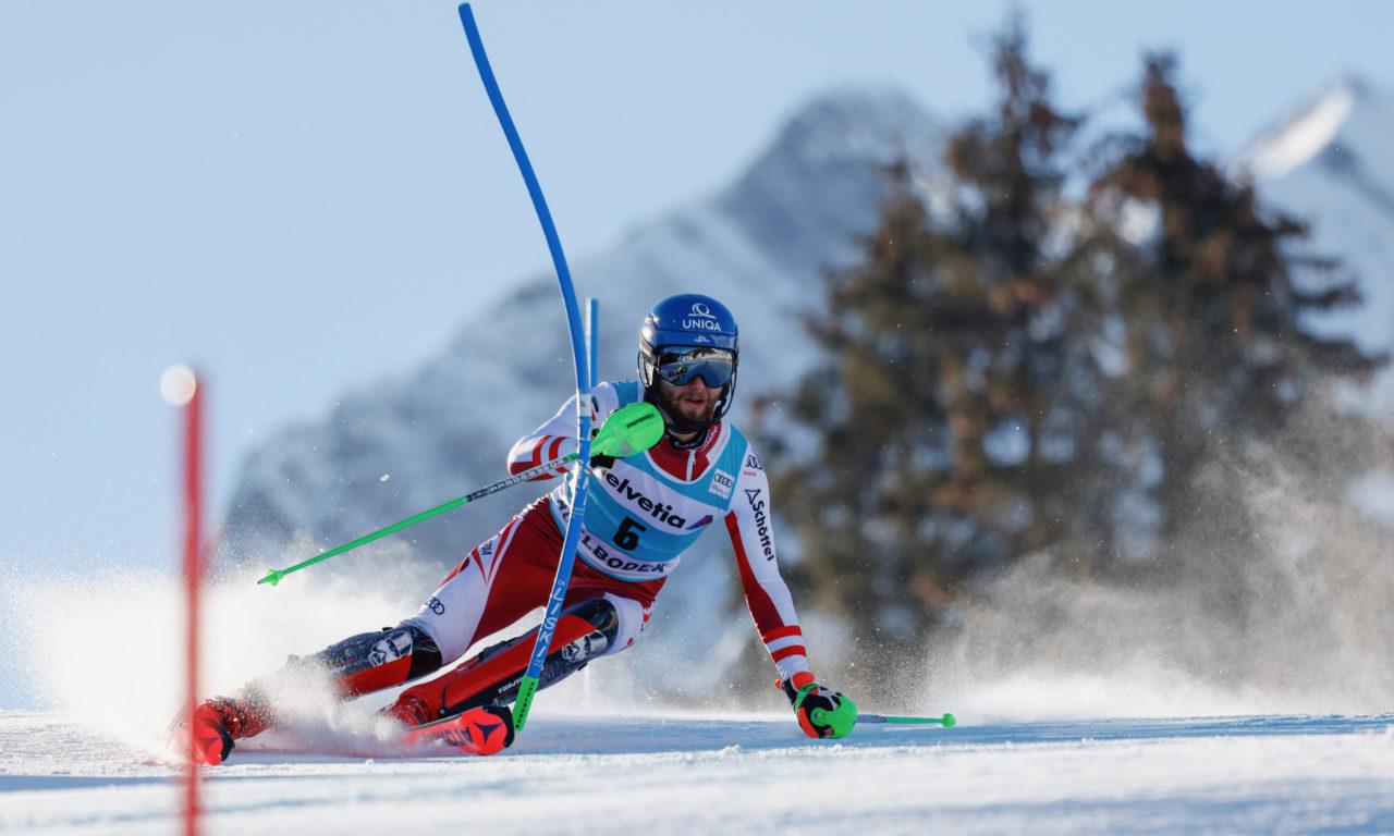 Schwarz gagne à Adelboden, les Suisses battus d'un rien