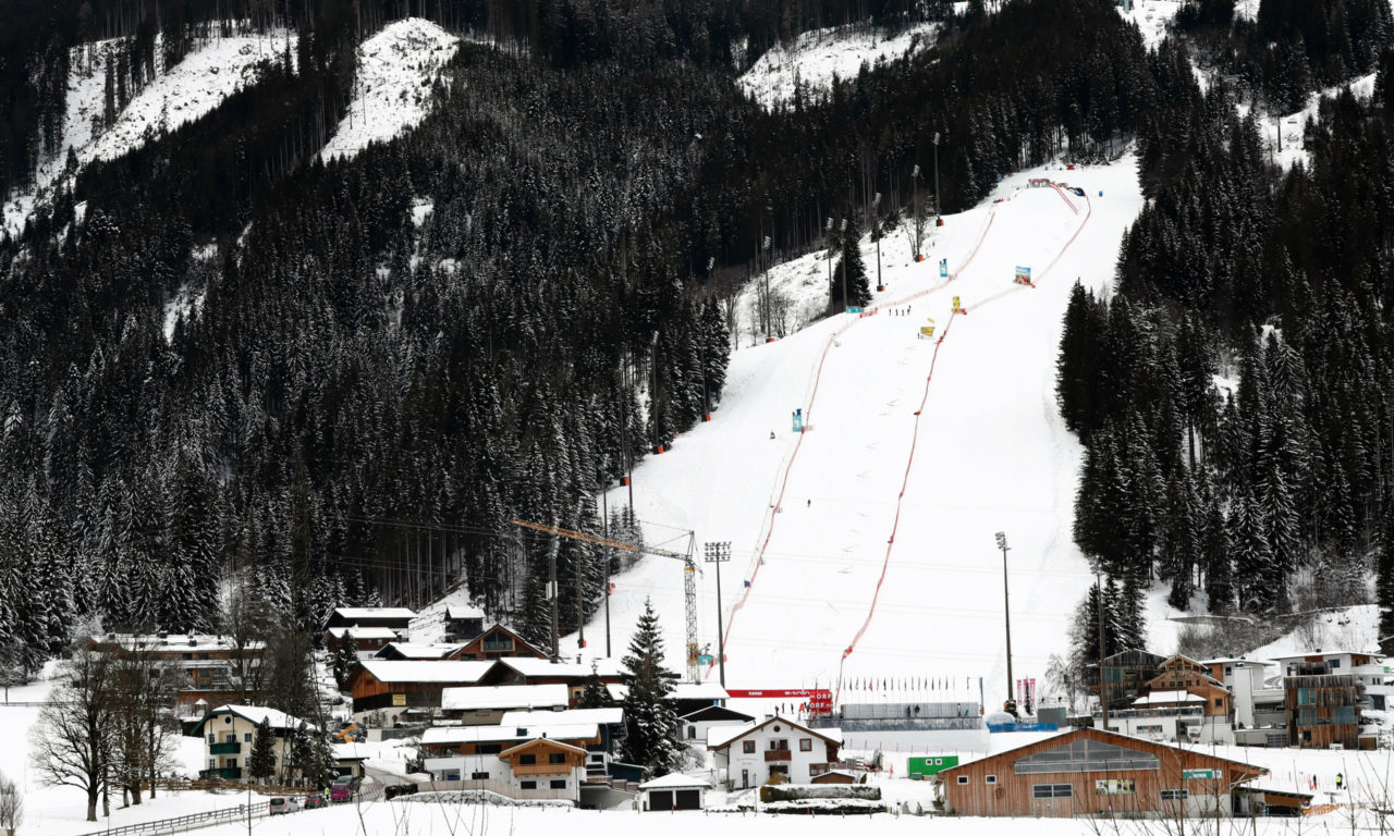 Les slaloms de Kitzbühel déplacés à Flachau
