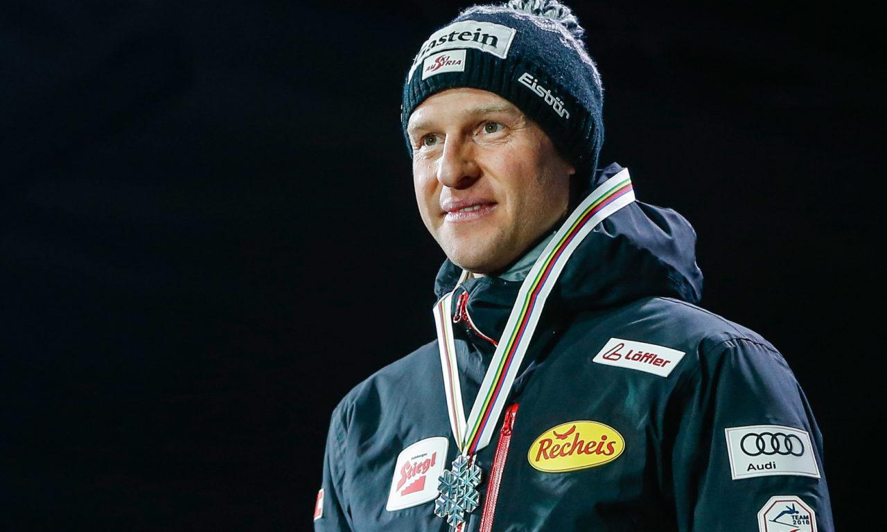 A contrecœur, Bernhard Gruber contraint de dire stop