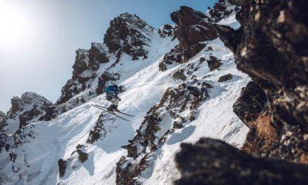 Les Suisses s'enfoncent dans la poudre autrichienne